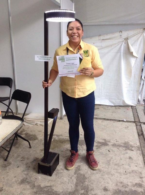 luminaria solar 1 597x800 Crea una mexicana luminaria solar para abastecer energía a comunidades rurales