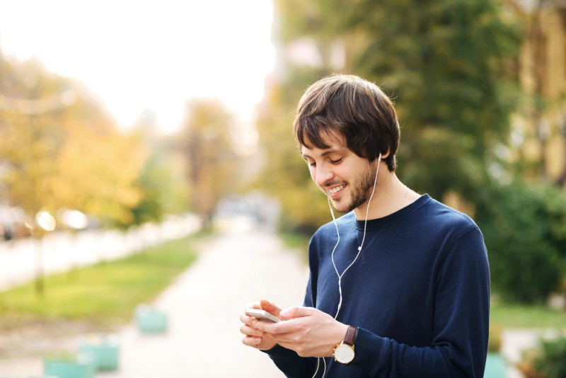Apps imprescindibles para tu smartphone - apps-smartphone-800x534