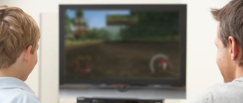 Gadgets para papás gamers profesionales - videojuego-papa-hijo-800x339