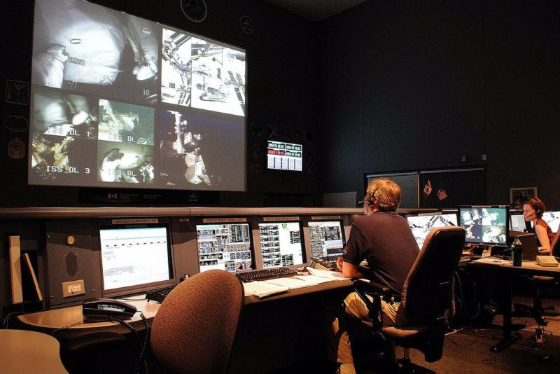 Mexicano triunfa en Montreal a cargo del monitoreo de los satélites espaciales canadienses - mexicano-triunfa-en-montreal-a-cargo-del-monitoreo-de-los-satelites-espaciales-800x534