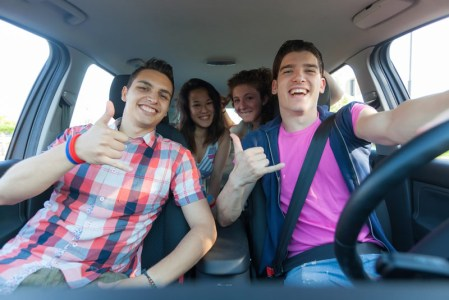 ¿Qué hacer antes de viajar por carretera? aquí te decimos