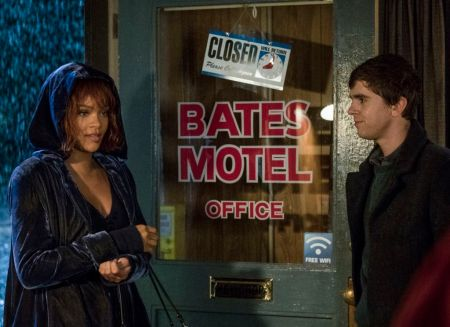 "Rhianna interpreta a Marion Crane en la quinta temporada de ""Bates Motel"""