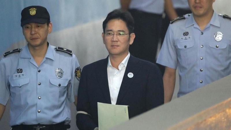 Heredero de Samsung es condenado a cárcel por soborno - 834ab818e41b51c59b473db51e8945c68f338482-800x449