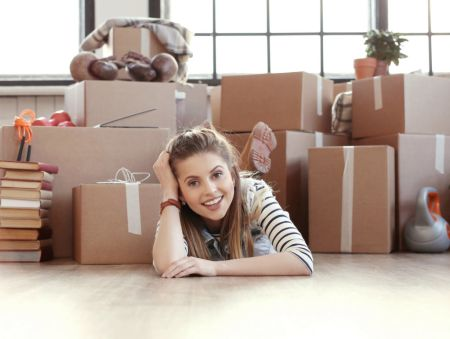 ¿Cuánto cuesta mudarte de casa de tus papás?
