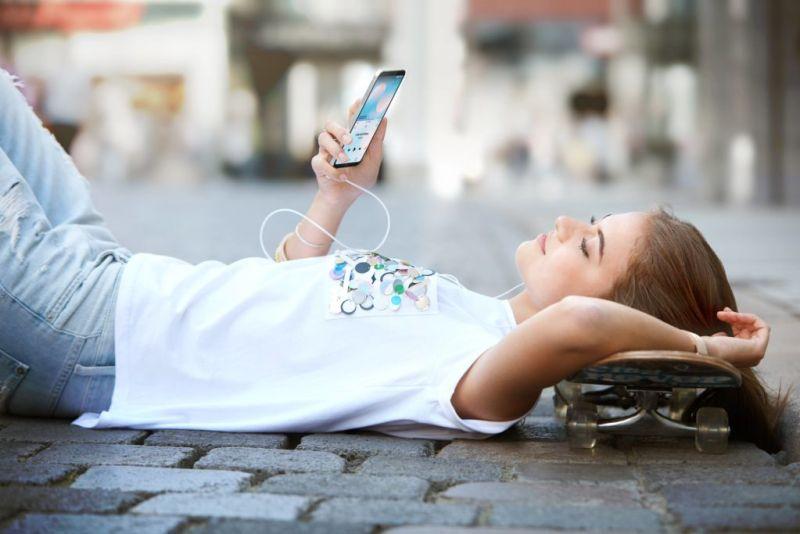 LG Q6+ ¡Ya disponible en Telcel! - lg-q6-lifestyle-01-800x534