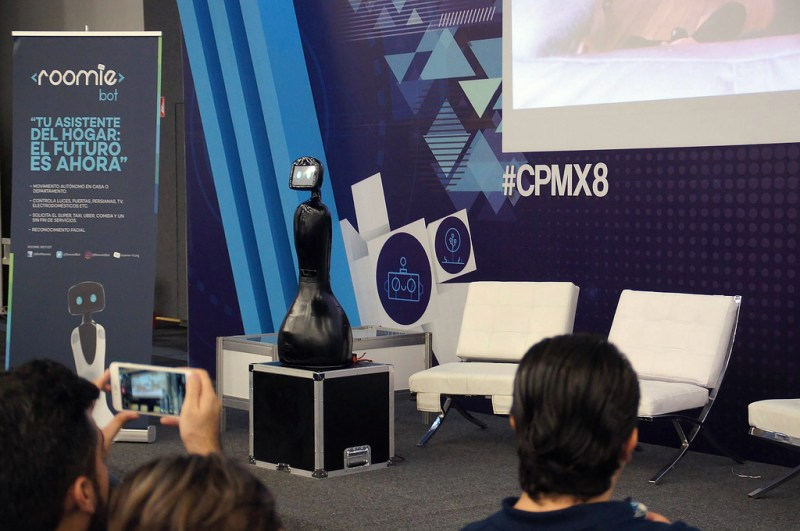 RoomieBot: crean el primer robot mexicano asistente en el hogar - roomiebot_0-800x531