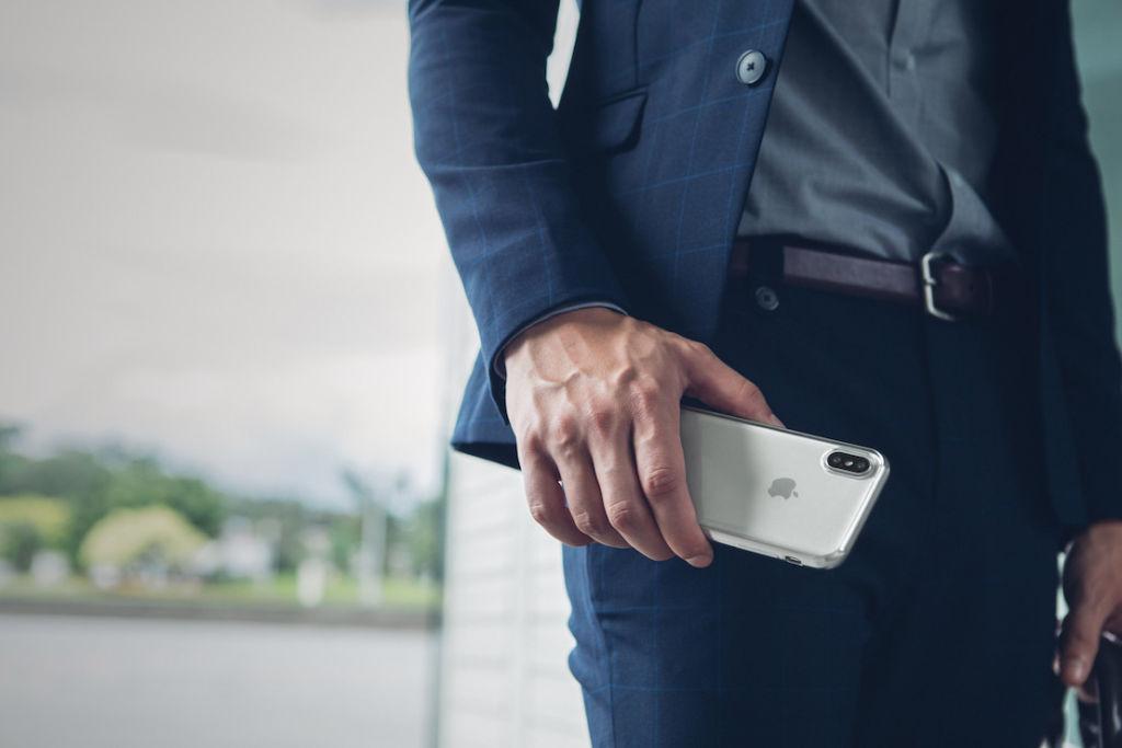 moshi accesorios iphone 8 iphone 8 plus y iphone x vitros jet silver Nuevos accesorios sofisticados para iPhone 8, iPhone 8 Plus y iPhone X