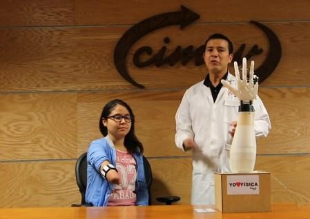 Científicos mexicanos crean y prueban con éxito brazo robótico sensitivo