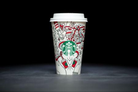 """Starbucks lanza su primer vaso navideño para """"colorear"""""""