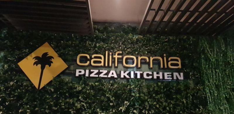 20171206 211717 800x389 10 datos que no conocías de California Pizza Kitchen para celebrar sus 10 años