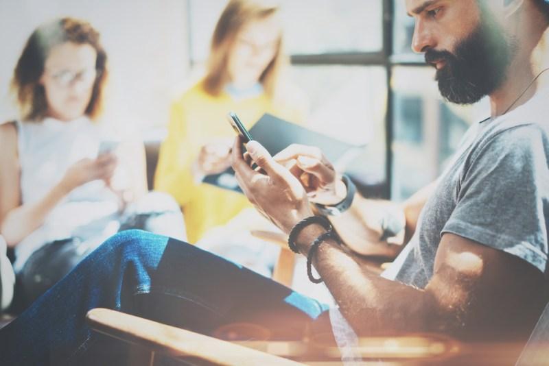Siete ideas que puedes hacer con ecommerce, además de comprar ropa, gadgets y accesorios - ecommerce-800x534
