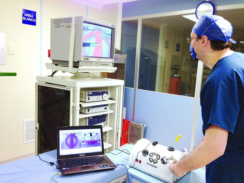 Mexicano diseñó simulador de aprendizaje y entrenamiento en cirugías laparoscópicas - entrenamiencirugias-laparoscopicas-800x600