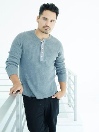 Michael Peña y Diego Luna en la cuarta temporada de Narcos - michael-pena_headshot-338x450