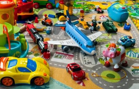 Viajes a tiendas de juguetes en México aumentan 200% previo a Día de Reyes