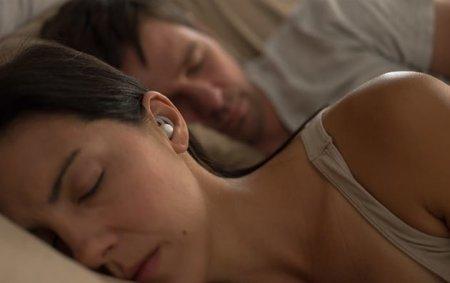 Crean audífonos inteligentes que silencian ronquidos