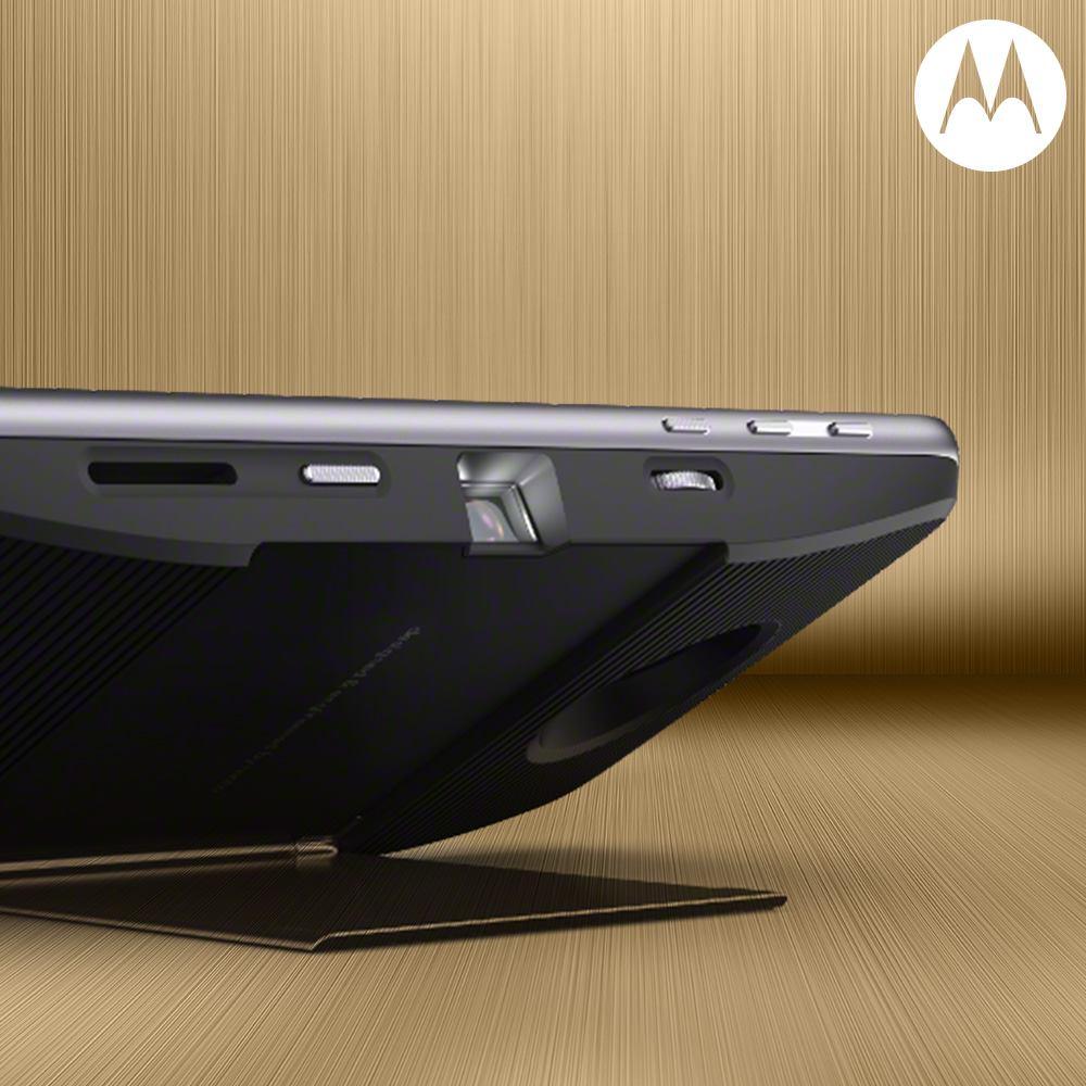 Estos son los Moto Mods para enamorados - insta-share-projector