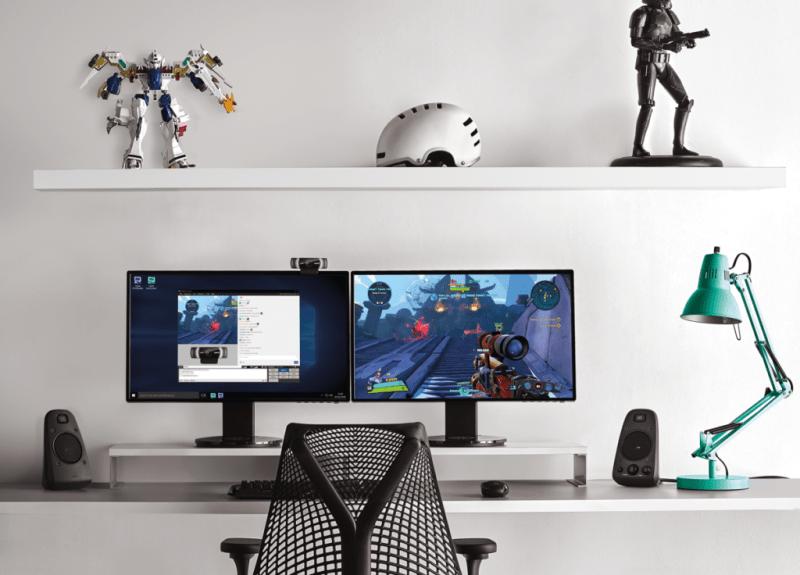 La webcam para que transmitas tus juegos como un gamer profesional - webcam-c922-logitech_2-800x575