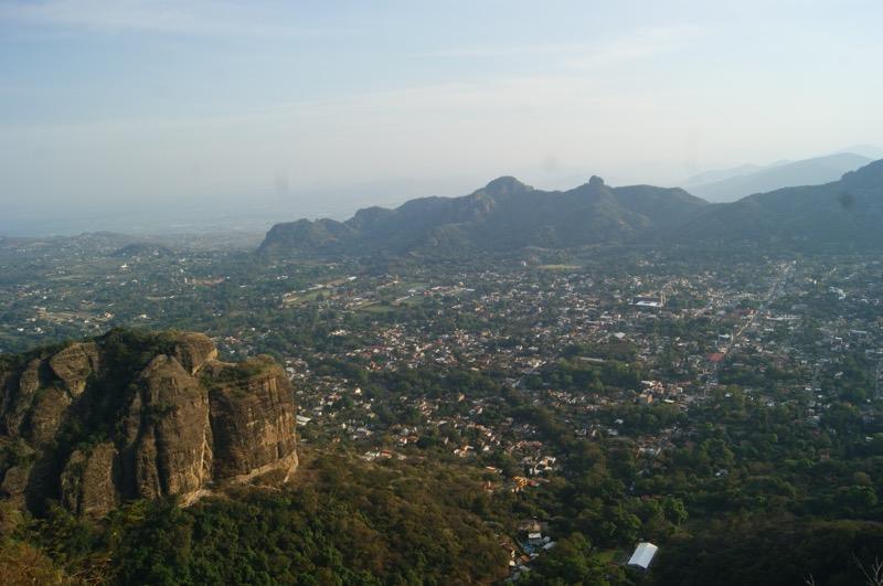 10 Pueblos mágicos a menos de tres horas de la Ciudad de México - 10-tepoztlan-800x531