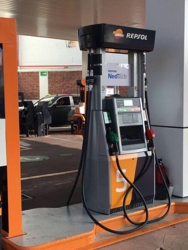 Gasolineras REPSOL llegan a México ¡garantizan litros completos! - gasolinera-repsol-600x800