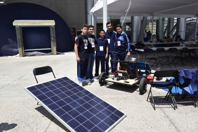 Estudiantes mexicanos crean auto de carga solar - auto-de-carga-solar-800x534