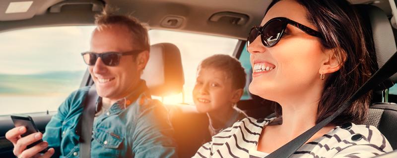 5 recomendaciones para hacer más seguro el viaje con tu familia - conducir-seguro-con-tu-familia