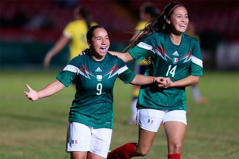 Charlyn Corral y Kenti Robles ¡Las mexicanas que están conquistando España! - futbos-800x533