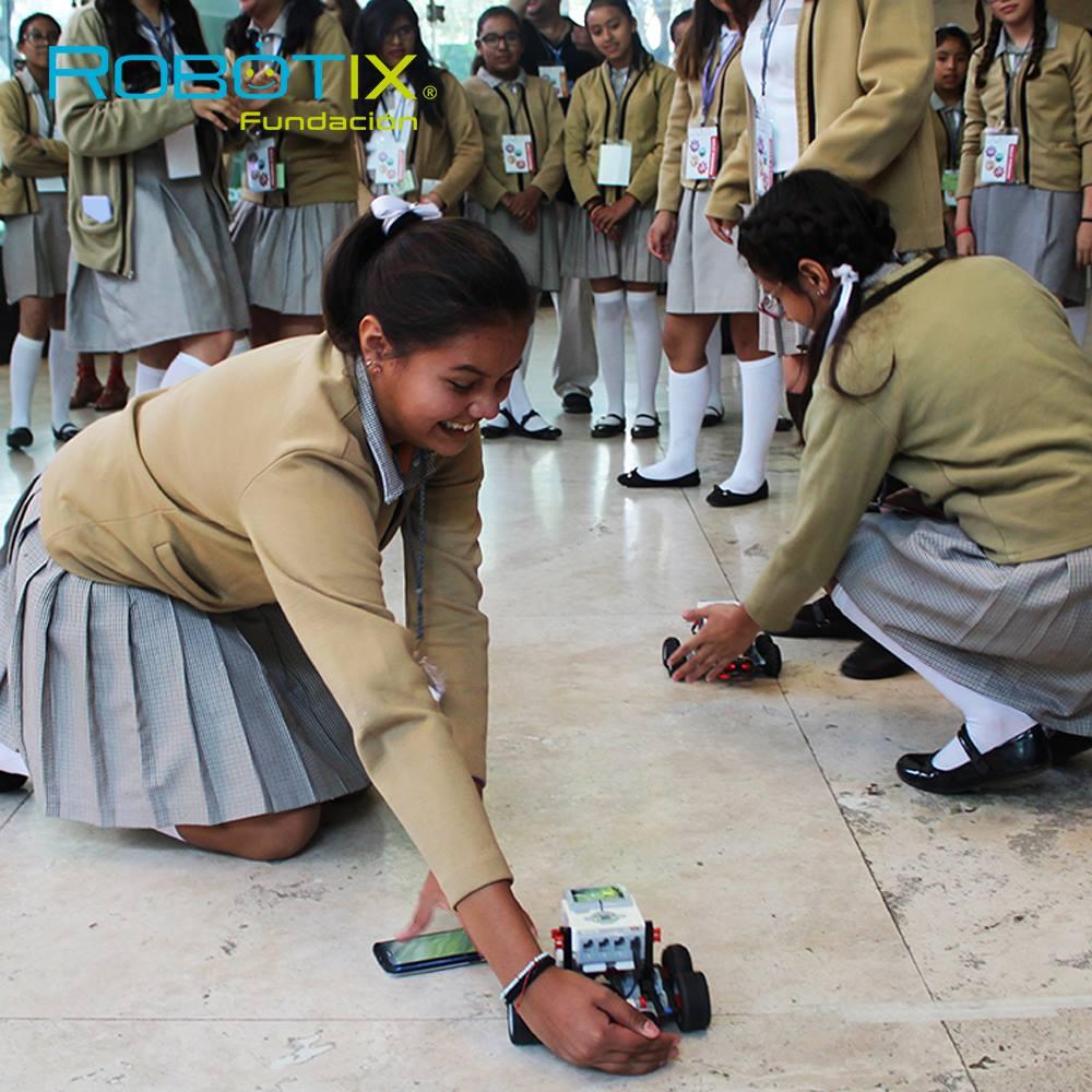 Promueven instrumentos tecnológicos de Niñas STEM para despertar interés de las niñas por la Ciencia - instrumentos-tecnologicos-de-nincc83as-stem_q