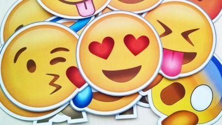 Día Mundial del Emoji: Datos interesantes sobre los dominios emoji más populares
