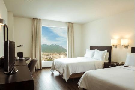 Monterrey entre los destinos con mayor número de reservas en línea en México