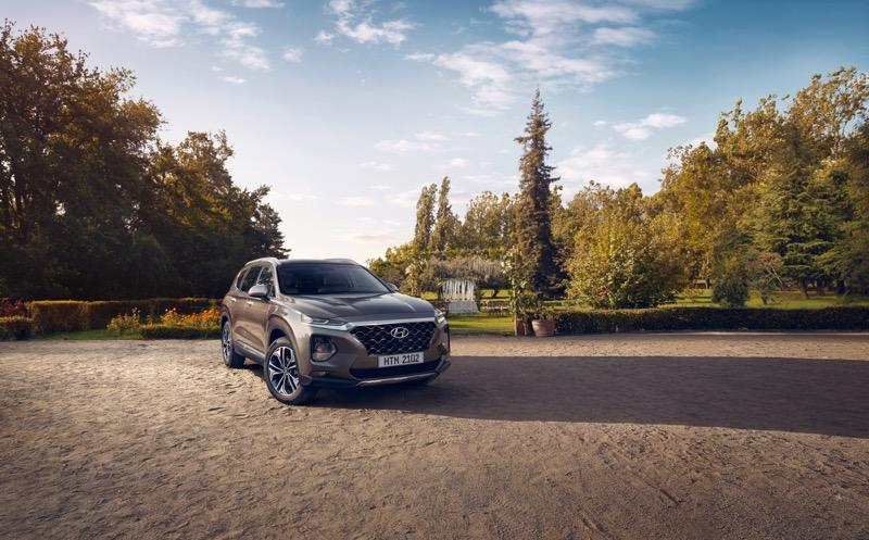 La totalmente nueva Hyundai Santa Fe y el renovado Elantra llegan a México - hyundai-santa-fe