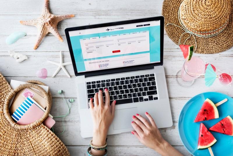 Guía muy sencilla para armar un paquete de viaje en Internet - paquete-de-viajes-800x534