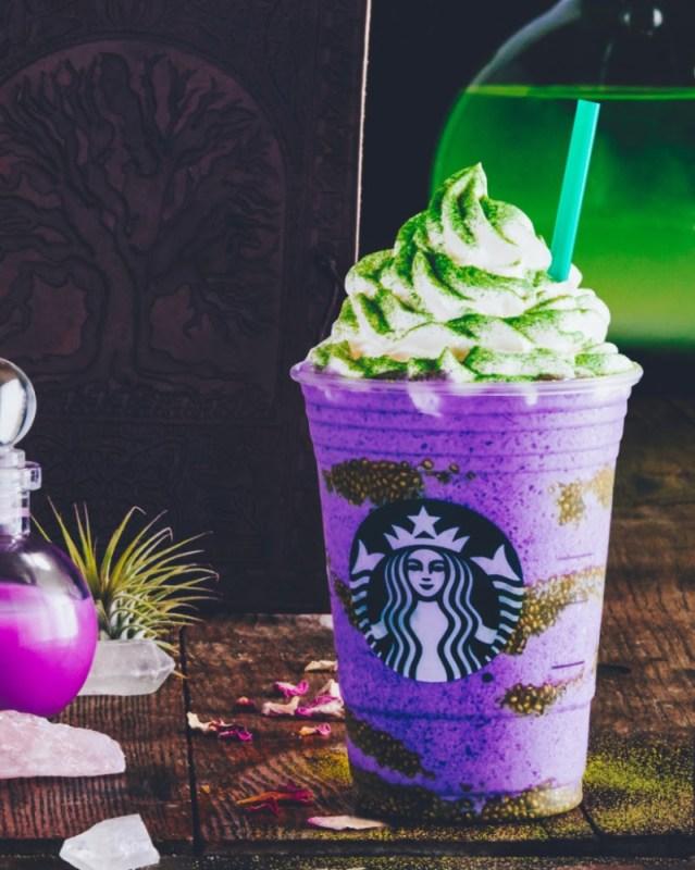 El nuevo Witch's Brew Frappuccino de Starbucks ¡Lo tienes que probar! - witchs-brew-frappuccino-de-starbucks-639x800