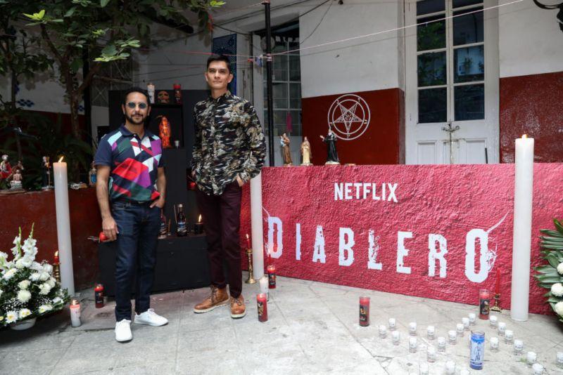 Los protagonista de Diablero se apoderan de las calles de la Cuidad de México - diablero_1-800x534
