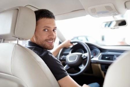 3 opciones para ganar dinero con tu automóvil