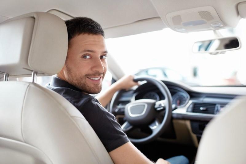 3 opciones para ganar dinero con tu automóvil - ganar-dinero-con-tu-automovil-800x534