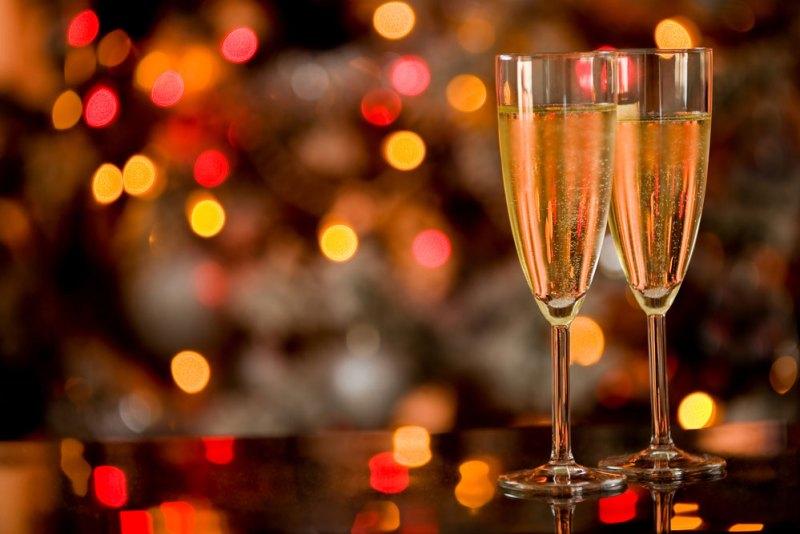 Las tradiciones de año nuevo alrededor del mundo que debes conocer - tradiciones-ano-nuevo-2019-800x534