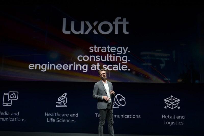 El presidente de LG comparte su visión futurista de la compañía durante el CES 2019 - keynote-luxoft-02