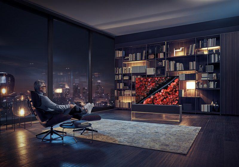 CES 2019: LG presenta el primer televisor OLED enrollable del mundo - primer-televisor-lg-oled-enrollable-800x559