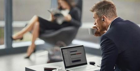 Jabra lanza el primer headset intra-auricular inalámbrico diseñado para uso profesional