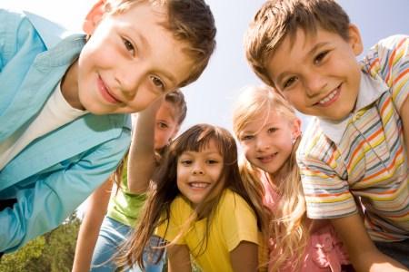 ¡Feliz día de la felicidad a todos los niños!