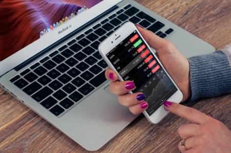 5 tareas que la Inteligencia Artificial está revolucionando en el sector financiero