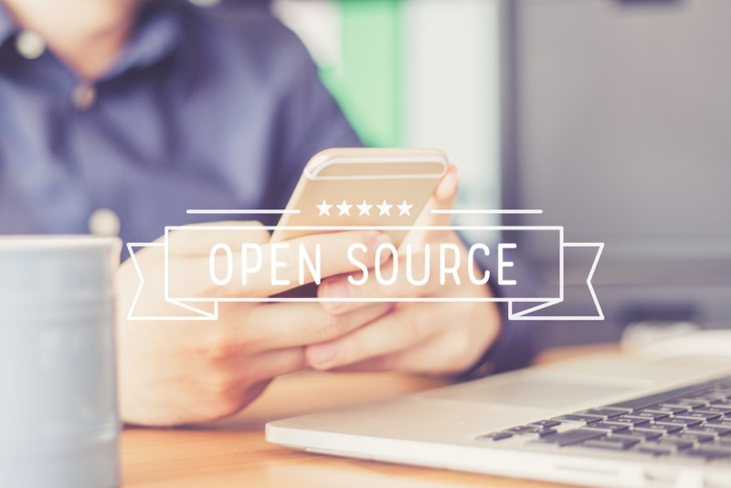 Casi 7 de cada 10 empresas en el mundo, consideran al código abierto un elemento vital para su operación - codigo-abierto-webadictos