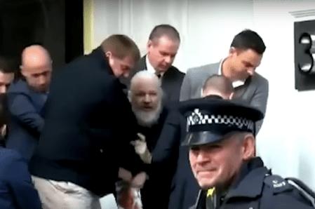 Tras arresto de Julian Assange, donaciones en bitcoin aumentan para wikileaks