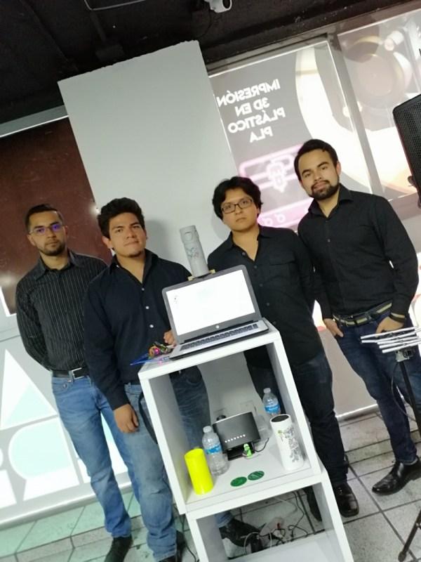 Steren Makers, un espacio abierto equipado para crear, diseñar y desarrollar - estudiantes-facultad-ingenieria-unam-600x800