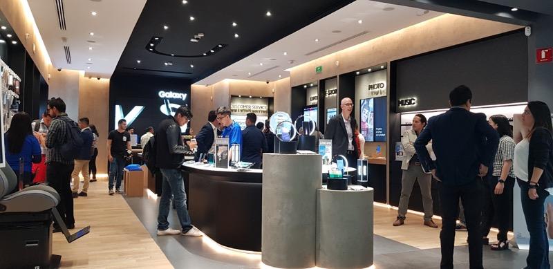 Apertura de la décima Samsung Store en México ¡Conoce su ubicación y sus promociones por apertura! - samsung-store-toreo
