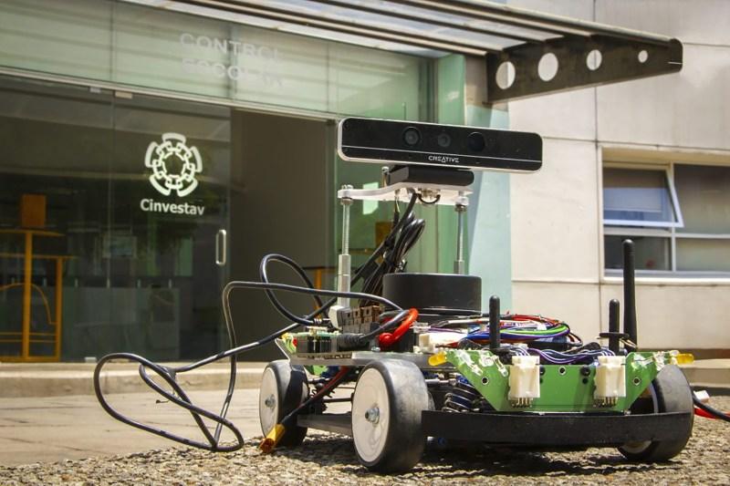Estudiantes de maestría y doctorado obtienen primer lugar en competencia de vehículos autónomos - vehiculos-autonomos