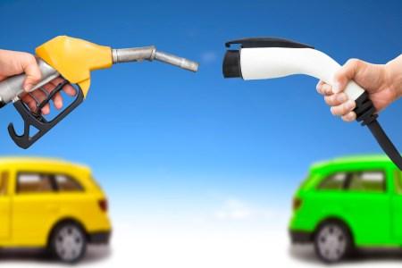 Ventajas ambientales de los autos híbridos y eléctricos que no usan gasolina
