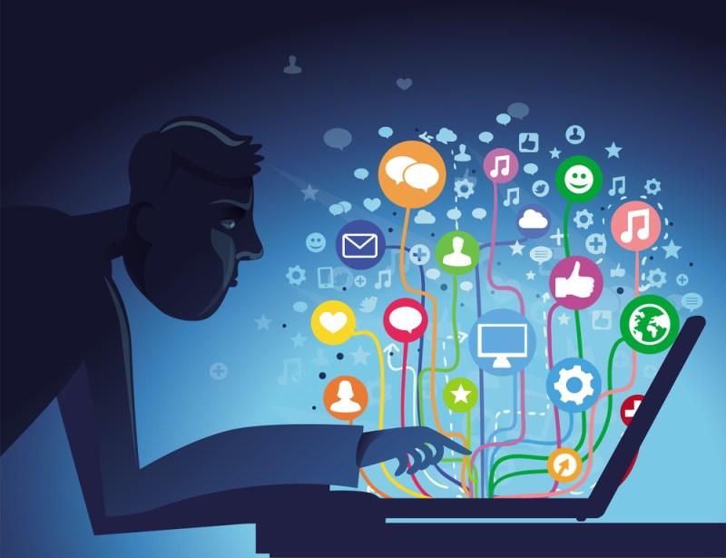 Recomendaciones para evitar la sobreexposición en redes sociales - sobreexposicion-en-redes-sociales-800x615