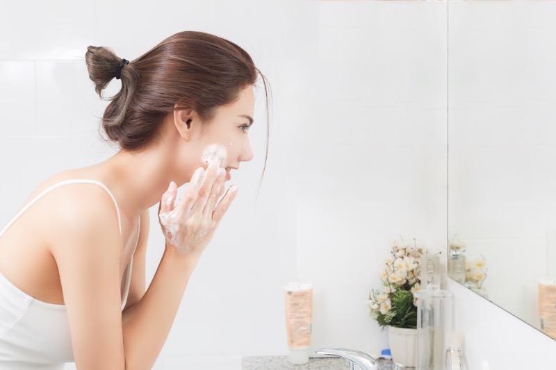 ¿Cuidas tu piel en el gym? algunos puntos que te darán la respuesta - cuidado-de-la-piel-800x533