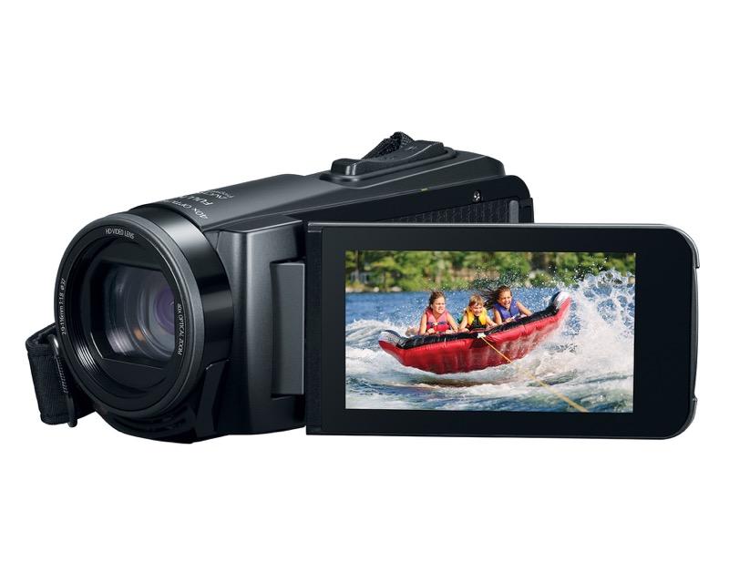 Nueva videocámara digital VIXIA de Canon resistente a prueba de agua e impactos - hr_vixia_hf_w11-canon-800x640